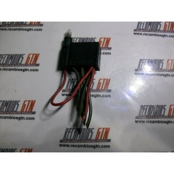 Ford Fiesta. Clema interruptor luces emergencias