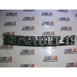 Renault 19. Anagrama metálico Renault 19