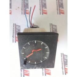 Renault. Reloj analogico