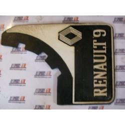 Renault 9. Faldillas goma