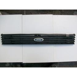 Ford Fiesta MK1. Calandra